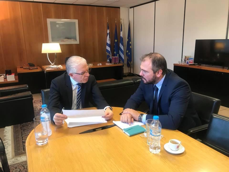 Συνάντηση με τον πρόεδρο του ΕΛΓΑ για τις αποζημιώσεις των αγροτών της Τήνου