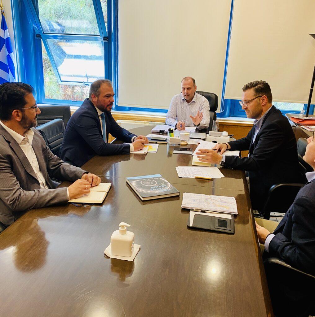 Συνάντηση εργασίας για την επίσπευση κατασκευής του λιμανιού της Τήνου
