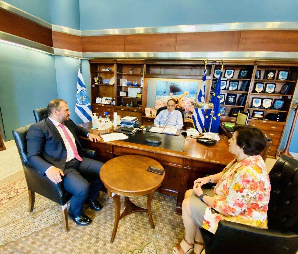 Συνάντηση του Φίλιππου Φόρτωμα με τον Υπουργό Ναυτιλίας για το Μεταφορικό Ισοδύναμο